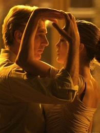 谈谈情,跳跳舞